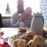 Anneli, Farfar and buns
